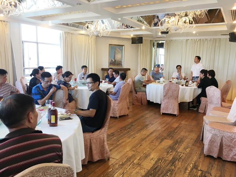 太阳企业与上海弘飞洗涤设备有限企业乐成合并